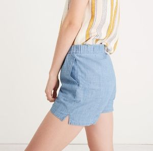 Madewell chambray pull on shorts light wash small